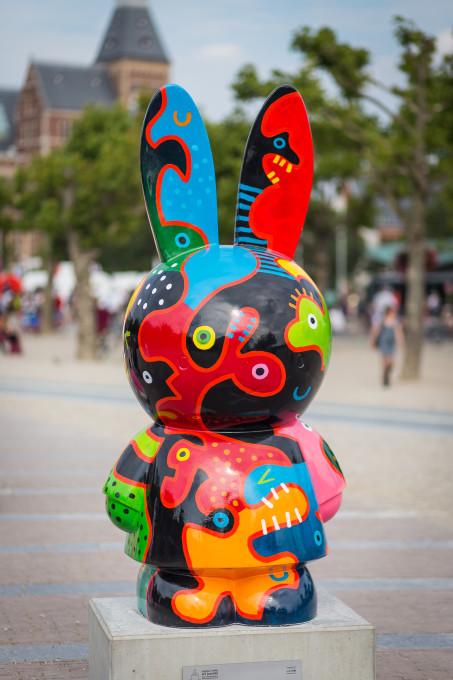Miffy Art Parade, Mies van Hout